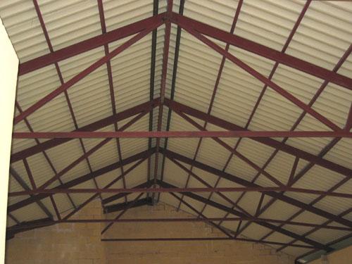 Estructuras met licas cerrajer a 5r for Cubiertas para techos livianas