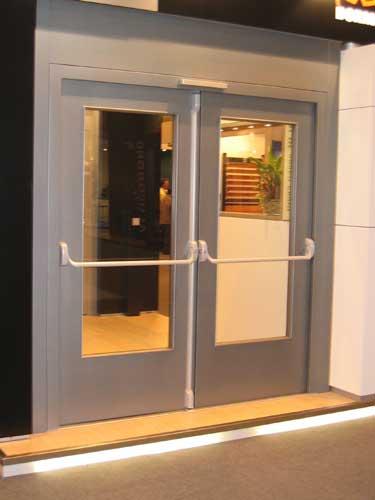 Puertas cerrajer a 5r - Puertas de chapa galvanizada precios ...